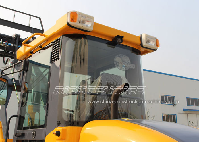 heavy construction machinery supplier